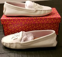 pair of white leather slip-on shoes Kernersville, 27284