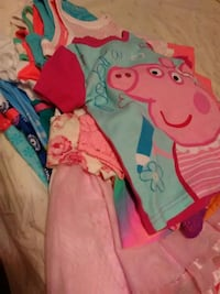 Girls clothes sz 3T great condition smoke free Springfield, 62703
