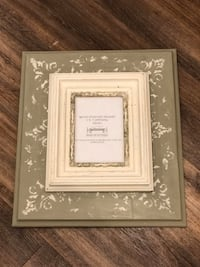 Chalk Paint Frame w 5x7 Opening