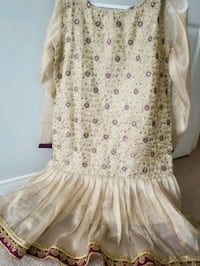 white and pink floral long-sleeved dress Ajax, L1T 4N4