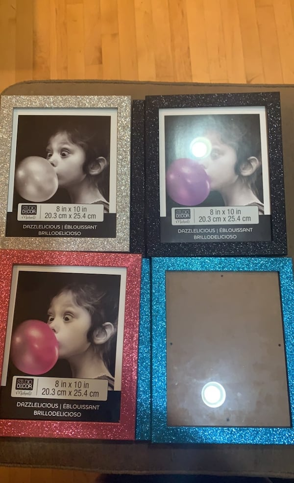 Sparkly picture frames. $10 each  14f7ff62-1958-48e6-88d6-8107448fdc96