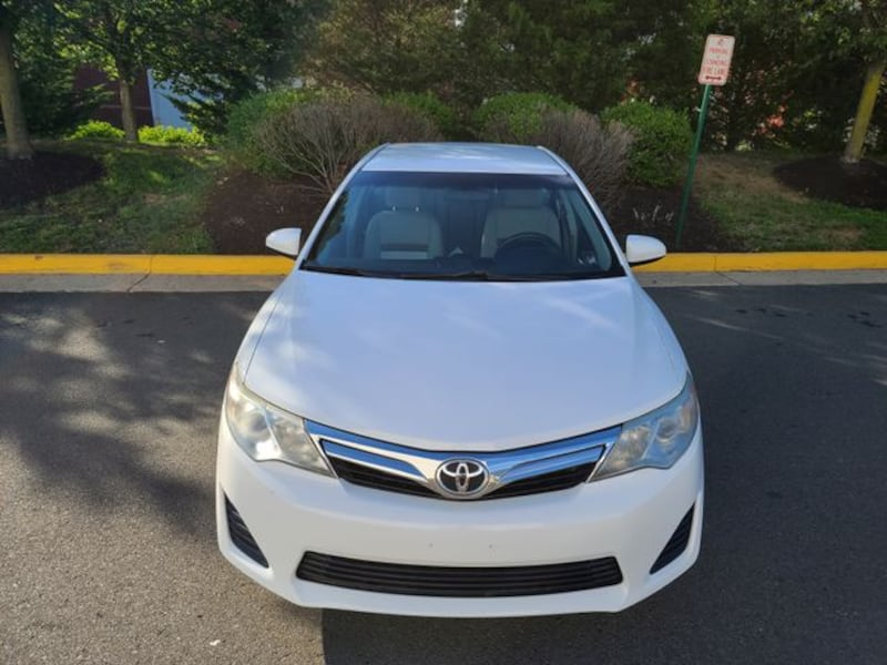 2014 Toyota Camry for sale 2131afbe-5156-42af-a225-9a5d98b3bc5d