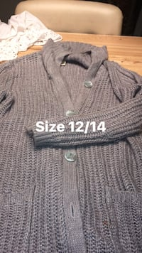 Gray knitted buttoned cardigan Albuquerque, 87113