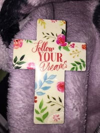 White and green floral iphone case Grande Prairie, T8W 0C5