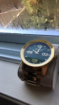 Gold Nixon Watch Kitchener, N2E 2B8