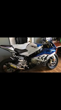Bmw s1000rr m4 slip on  Derwood, 20855
