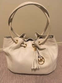 Authentic Michael Kors  I paid well over $400  Edmonton, T6K 0J8