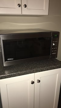 black and gray microwave oven Collingwood, L9Y