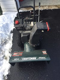 black and red Craftsman snow blower Herndon, 20170