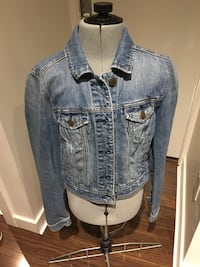 Jean jacket - small Vancouver, V5R 0B2