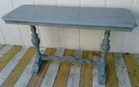 Sofa Table  / Table Altamonte Springs