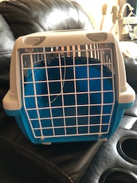 white and blue pet carrier Newmarket, L3Y 8K4