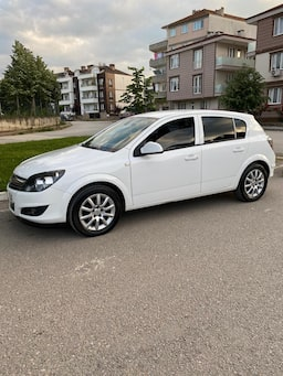 2013 Opel Astra 1.6 16V 115HP EDITION 05fadc59-5e65-4d04-ac08-21aa03d00af2
