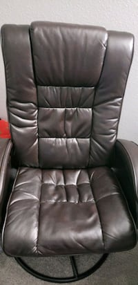 Reclining chair with leg atand Herndon, 20171