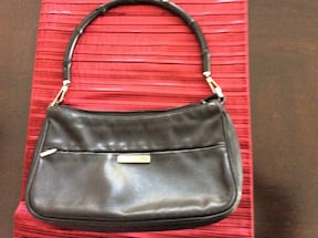 Gucci purse - authentic !.. gently used