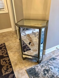Glass Side Table 583 km