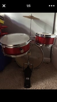 red and white drum set Glendale Heights