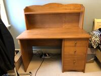 Solid wood custom made office/student desk with drawers Toronto, M4S 1J9
