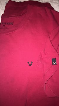 True Religion  red tee Stafford, 22554