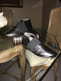 Ladies metallic leather bootie size 39 soft fur inside made in Italy Oakville, L6K 1Y8