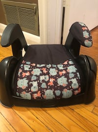Car seat with monsters on it  Toronto, M6A 1T8