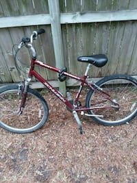 Schwinn mens mountain bike