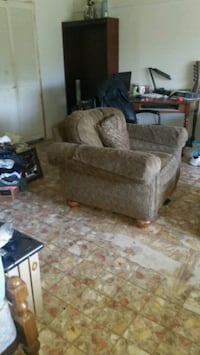 Used still lot good use in it. Over size chair. 20 Van Buren, 72956