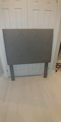Twin Upholstered Headboard Mississauga, L5M 5S9