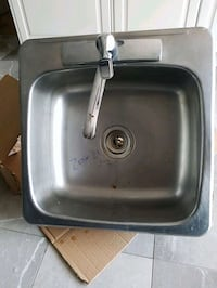 Stainless steel kitchen sink  Deux-Montagnes Regional County Municipality, J7R