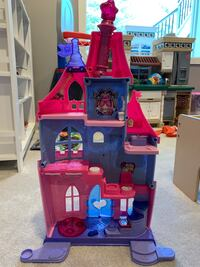 Fisher Price princess castle little people Ashburn, 20147