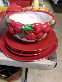 Red and Green Strawberry Set for Sale.  159 mi