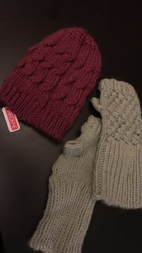 Knitted style Hat & Mittens (NEW) Mississauga, L5A
