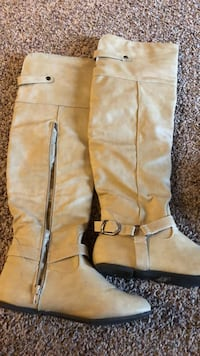 rue 21 boots size  6/7