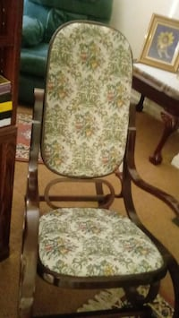 white and green floral padded rocking chair Fairfax, 22032