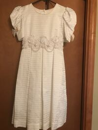 First Communion or miniature bride dress. Children's Size 10. Absolutely adorable, high-quality dress. Excellent condition, very unique. $200 when purchased. Worn once Monroe, 48161