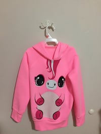 NEW girls pink pullover. Calgary, T2B 1L3