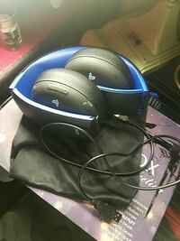 blue and black Sony PSP corded headset Long Beach, 90806