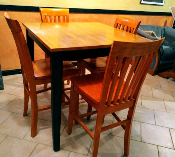 Two Tone Dinette Table with 4 chairs