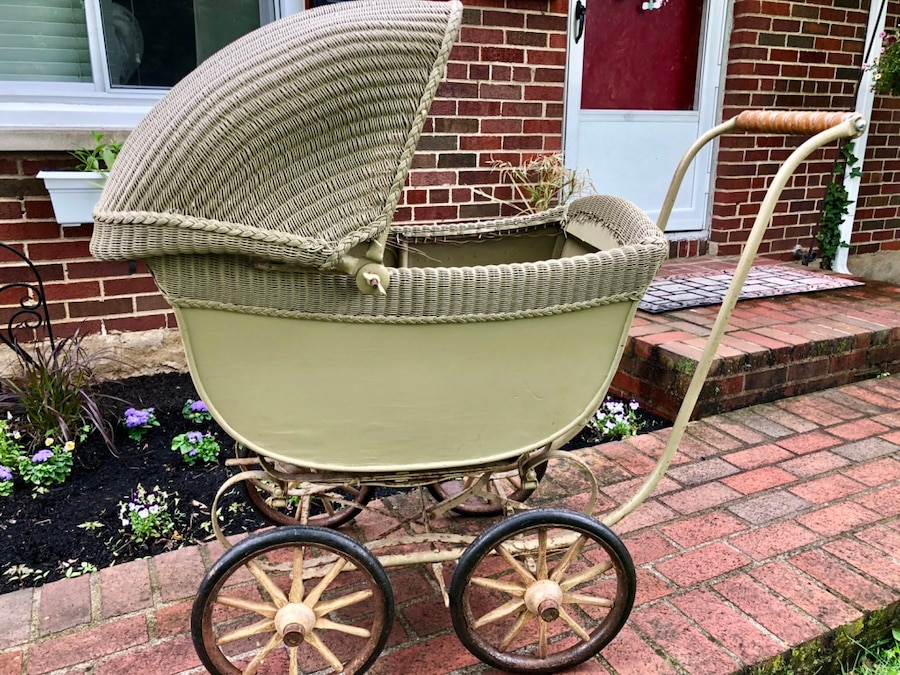 Photo Antique baby pram really nice photo prop. Flower box lots of potential