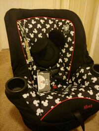 mickey mouse carseat Virginia Beach, 23451