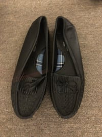 pair of black leather loafers Longueuil, J4L