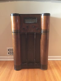 Antique Stewart Warner Radio Regina, S4N 2P6