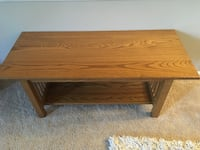 Amish made oak coffee table Willow Street, 17584