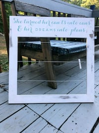 Distressed Picture line frame and clothes pins