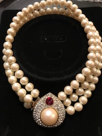 High end necklace, earrings and bracelet Mississauga, L5V 1S3