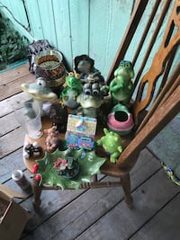 Frog and other nick knacks Yamhill, 97148