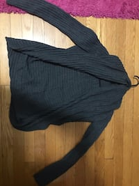 Gray Sweater (Size XS) College Park, 20740