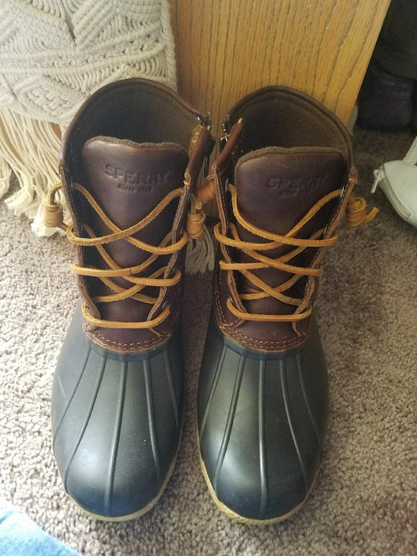 befb980dd Used pair of brown-and-black leather Sperry duck boots for sale in ...