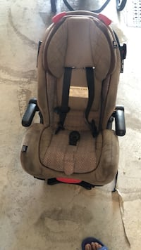 baby's brown and black car seat Châteauguay, J6K 1T1