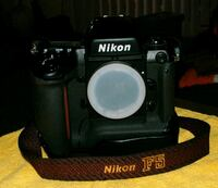 Nikon 35mm F5 Body only with Nikon Accessories Henderson, 89014